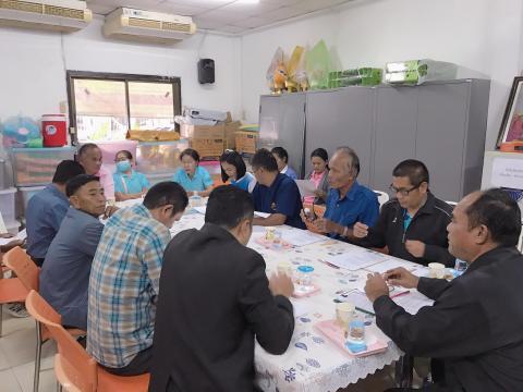 กองสวัสดิการสังคม ประชุมกองทุนสวัสดิการชุมชนเทศบาลตำบลแคนดง ณ ห้